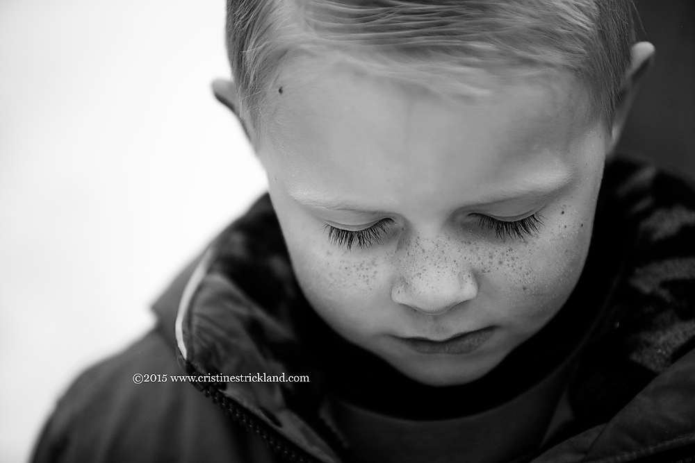 grand junction photograper little boy with freckles